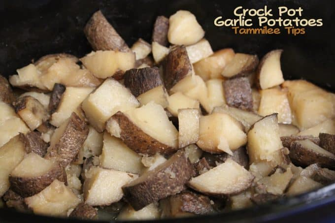 Crock Pot Garlic Potatoes