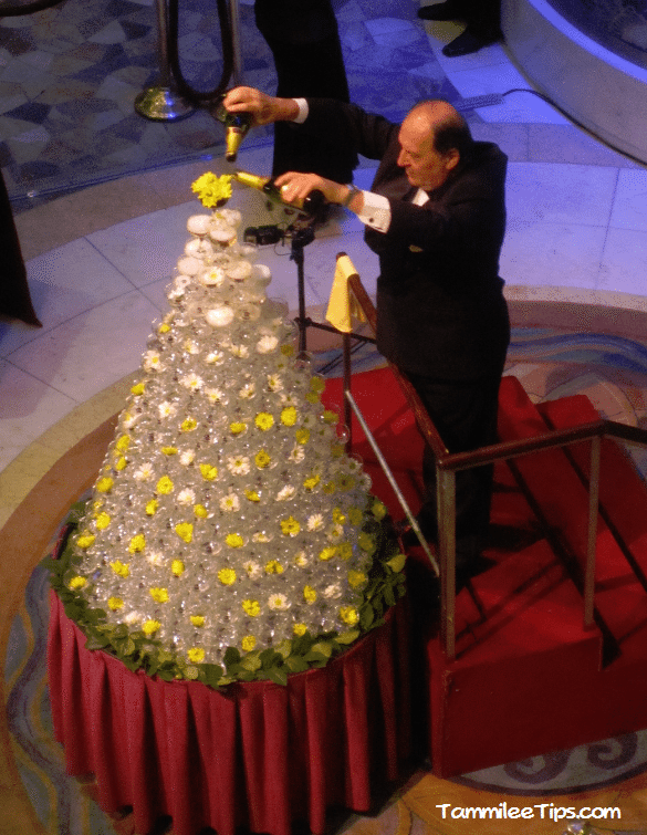 Golden-Princess-Champagne-Fountain.png