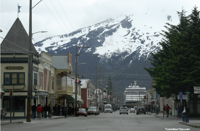 Golden-Princess-Skagway-Main-Street-with-cruise-ship.png