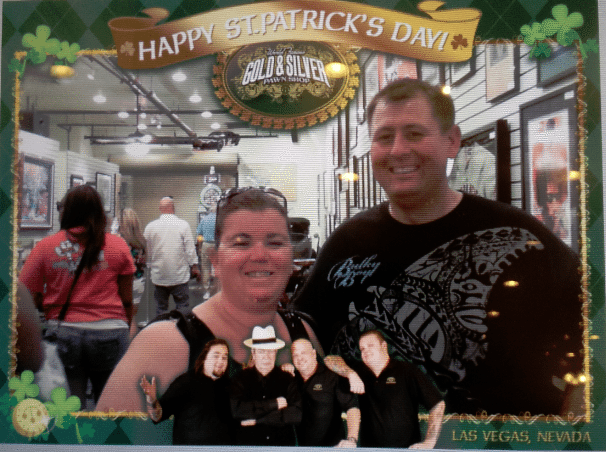 Pawn-Stars-Pawn-Shop-Photo-Card.png