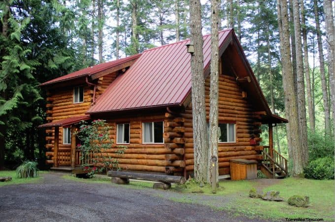 Our log cabin adventure at lakedale resort san juan islands for Sleeping cabin plans