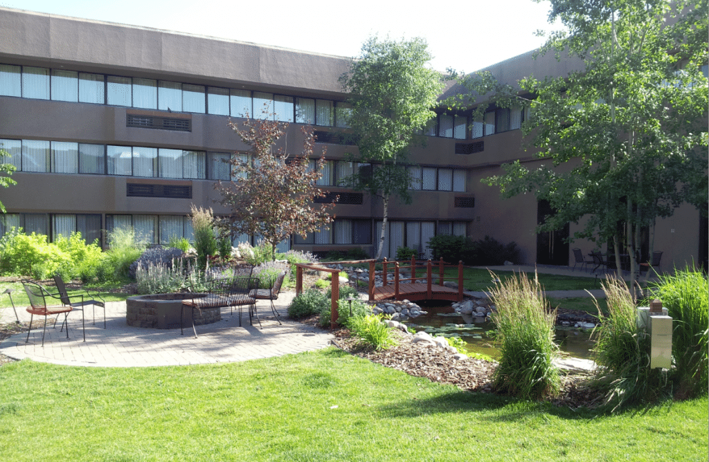 Red Lion Kalispell Courtyard