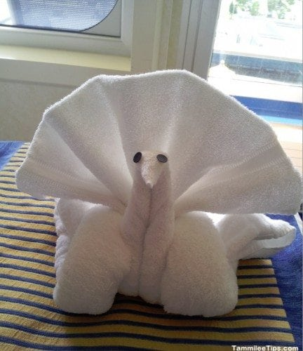 Carnival Breeze Towel Animal Swan