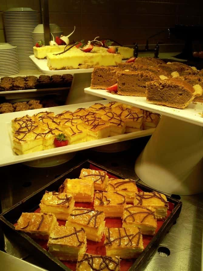 Carnival Breeze Buffet Desserts