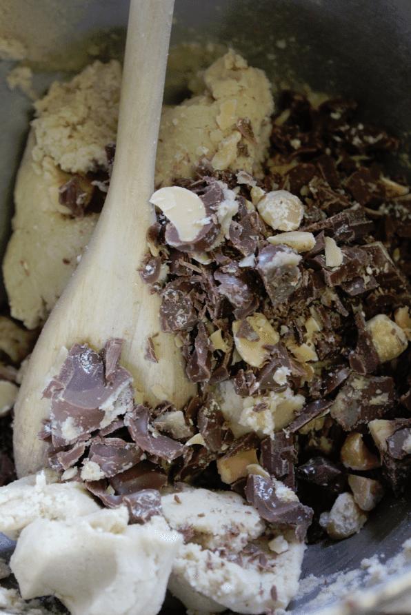 cookie dough with aloha macs