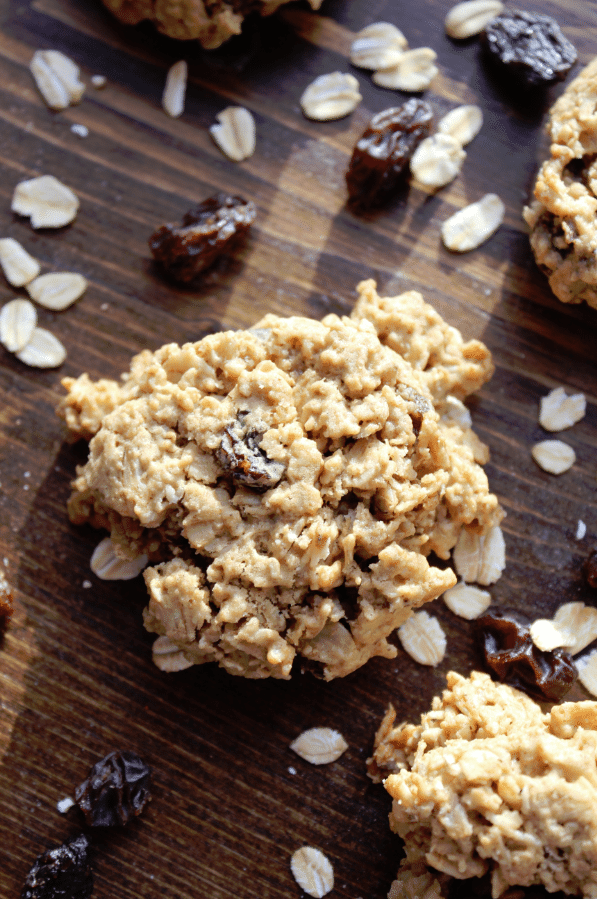 Oatmeal Raisin Cookies with Truvia® Baking Blend