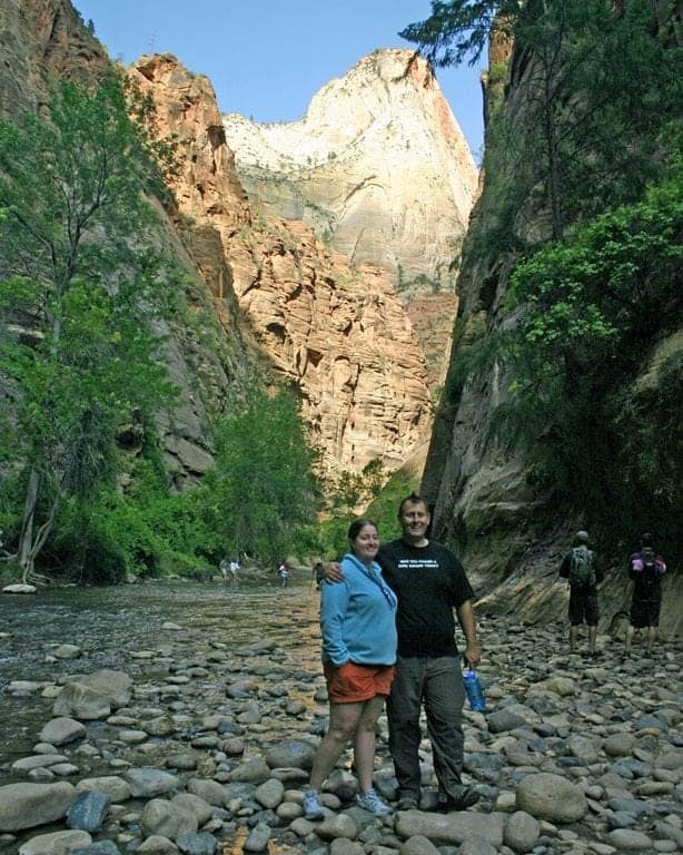 Hiking-the-Zion-Narrows.jpg