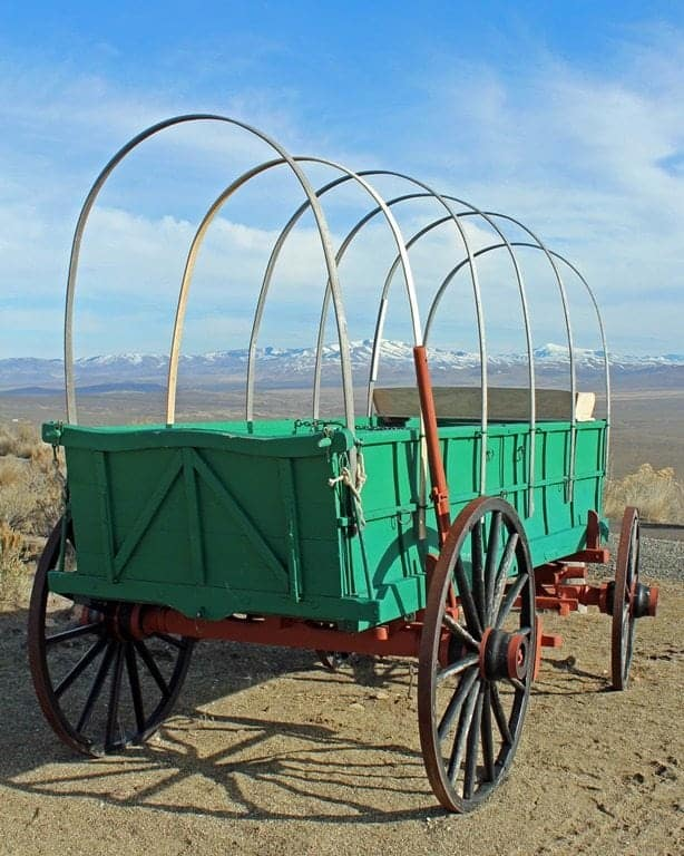 Oregon-Trail-Green-Wagon.jpg