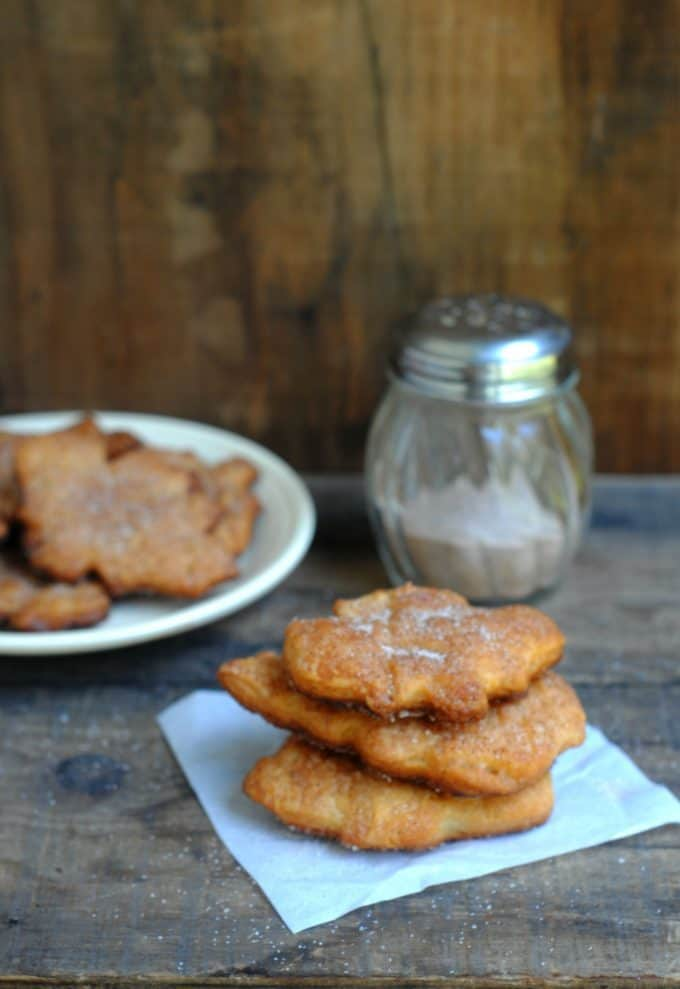 Cinnamon And Sugar Crescents - Tammilee Tips
