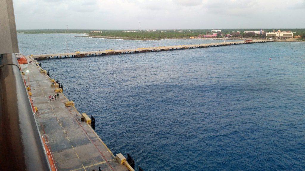 long pier at Costa Maya cruise terminal