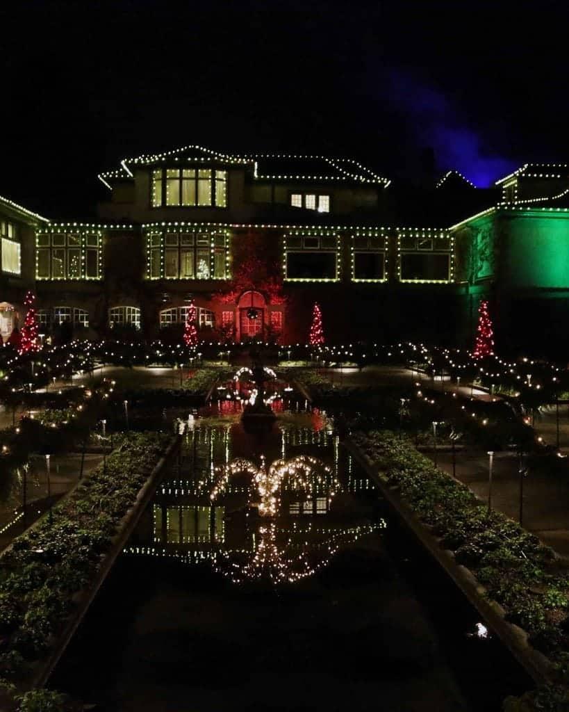 Blog Buchart Gardens at Christmas