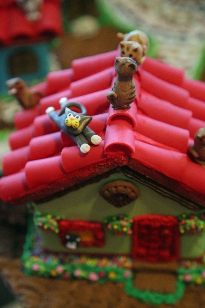Blog cats on a roof detail on gingerbread house