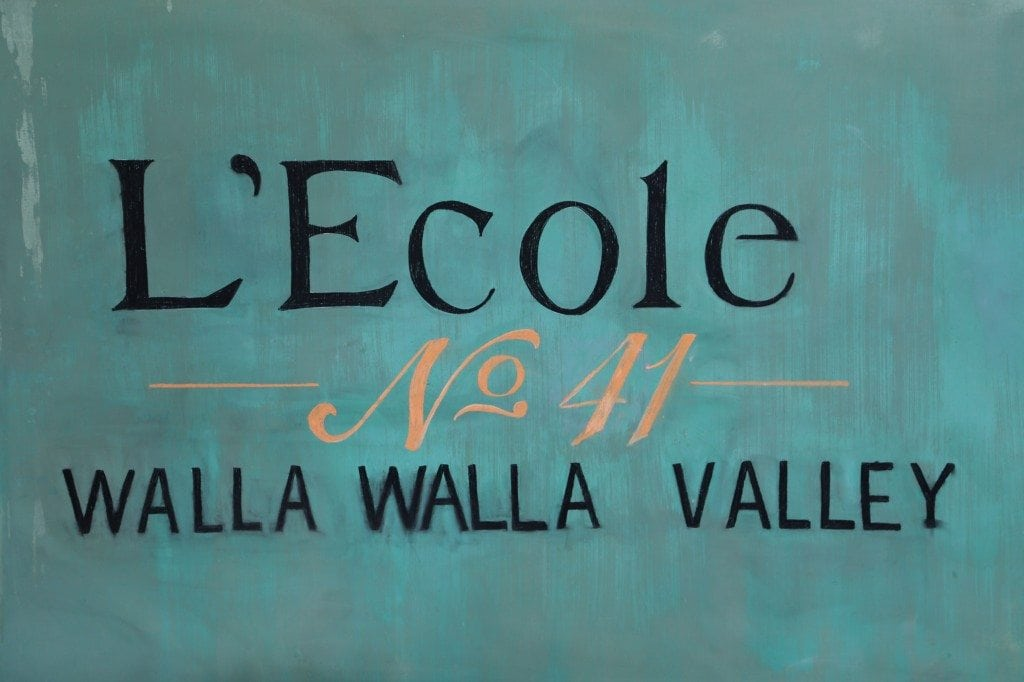 L`Ecole No 41 chalkboard in