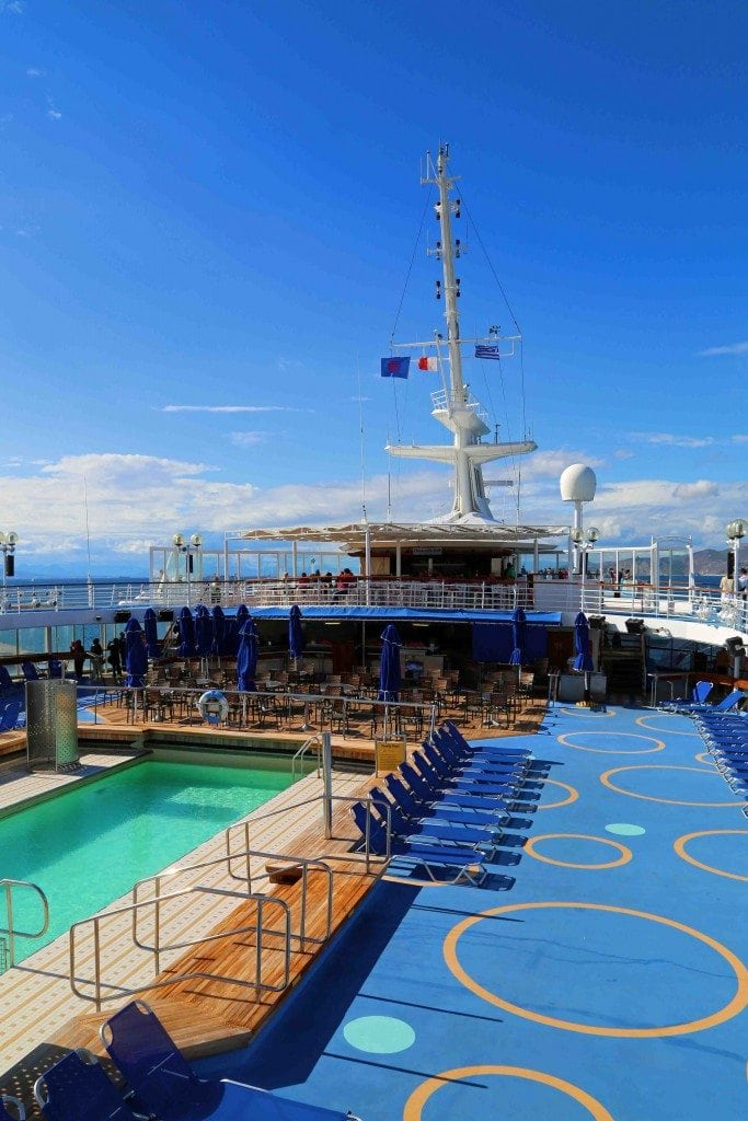 Blog pool deck Louis Olympia_edited-1