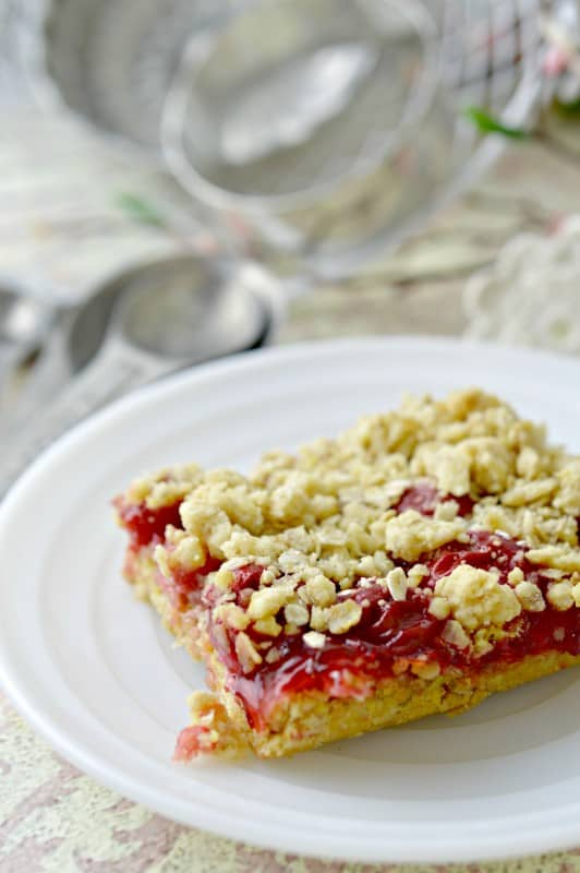 Cherry Cake Bars Recipe
