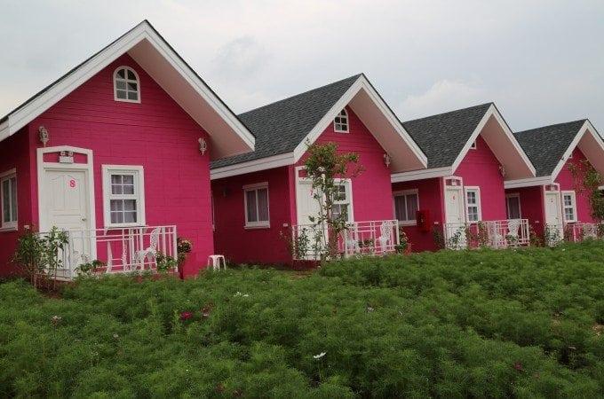Photo tour of the Hello Kitty Hotel in Phu Rua Thailand