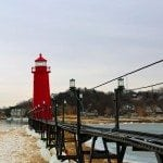 Cat-walk-and-Grand-Haven-Lighthouse.jpg