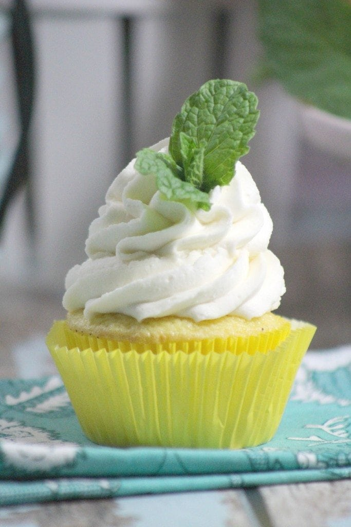Mint Lemonade Cupcake