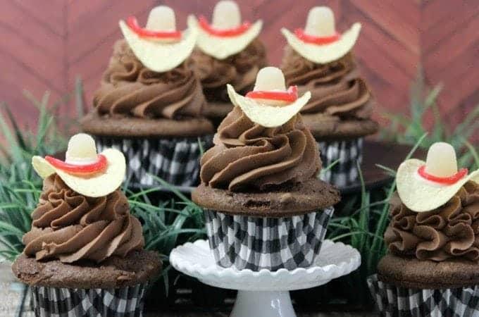 Cowboy Hat Cupcakes!
