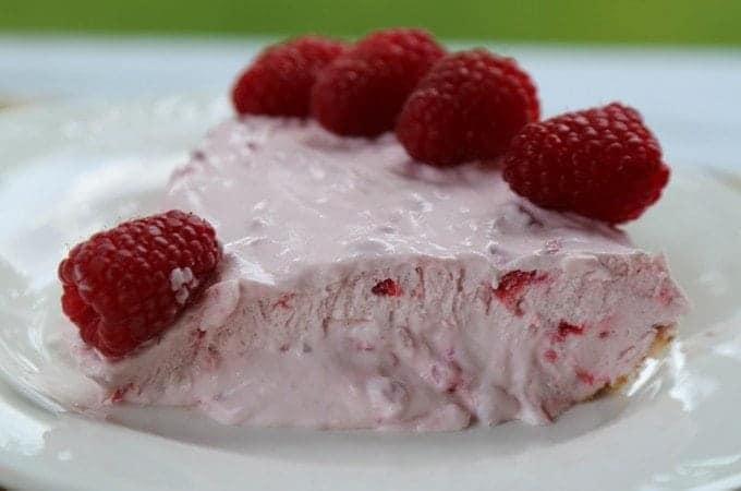 Easy Raspberry No Bake Pie Recipe
