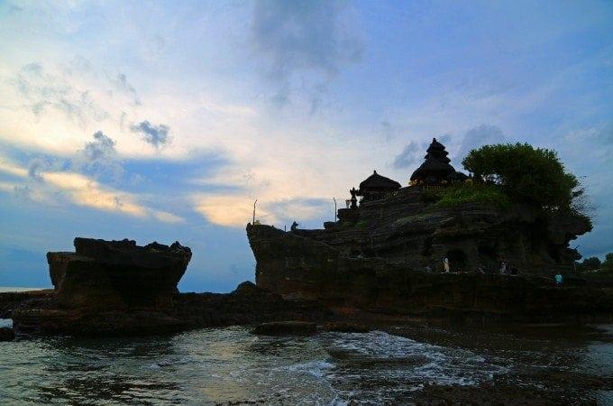 Visiting Tanah Lot in Bali at sunset