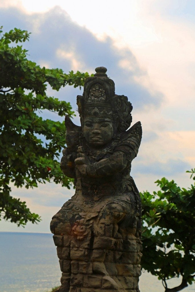 statue at Tanah Lot