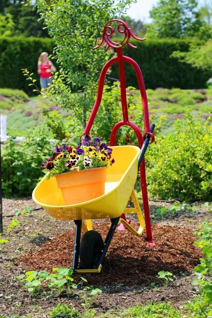 Garden art in Kingsbrae Gardens