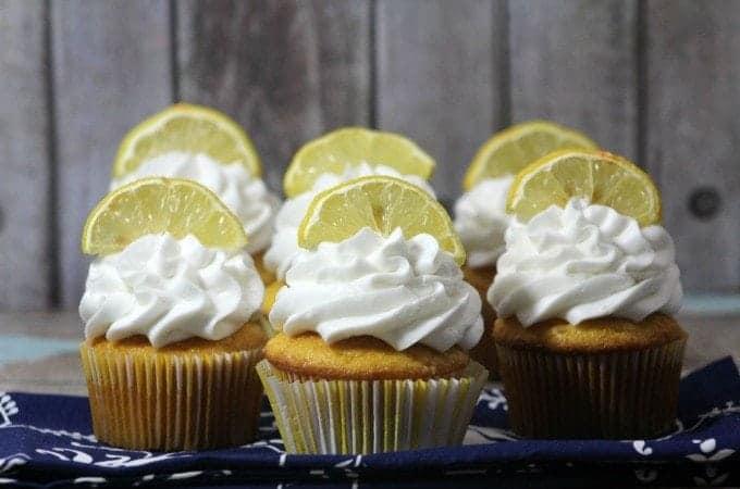 Delicious Lemon Cupcake Recipe