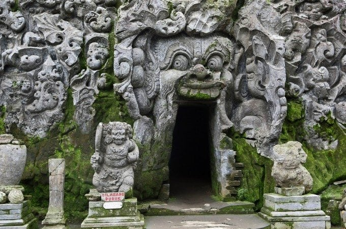 Photo tour of the Elephant Cave in Bali