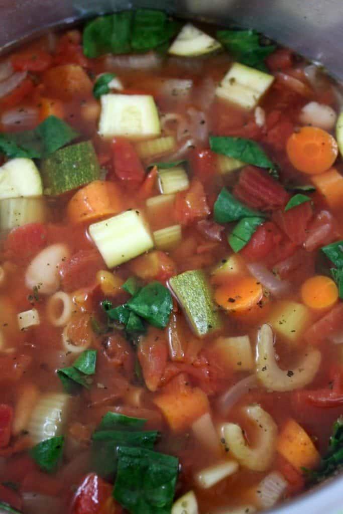 Crock Pot Copy Cat Olive Garden Minestrone Soup Recipe