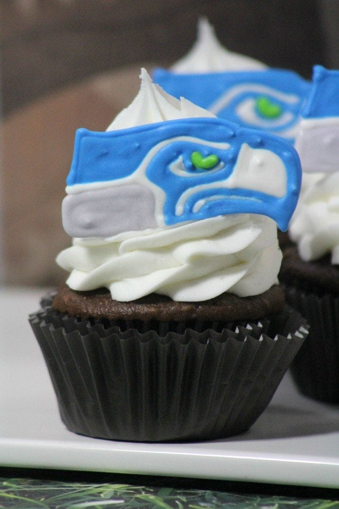 Seattle Seahawks Cupcakes