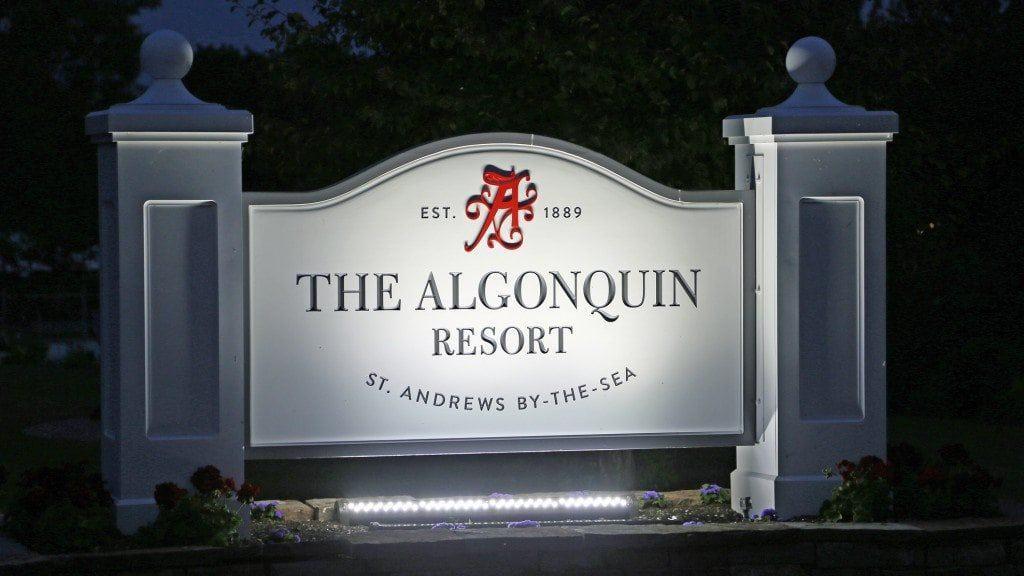 algonquin resort sign