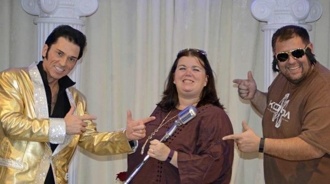 Elvis vow renewal in Vegas