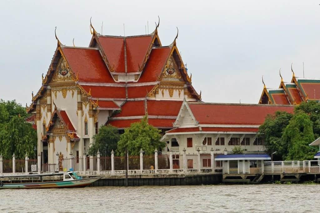 Choa Phraya River Boat tour with temple