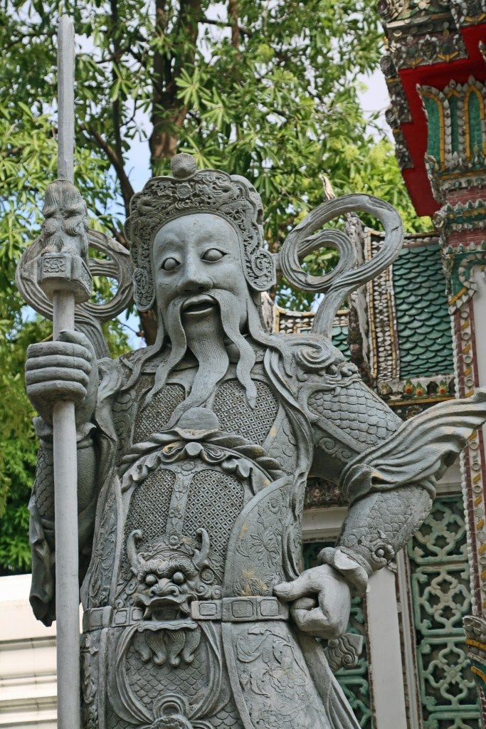 statue at Wat Pho Reclining Bhudda
