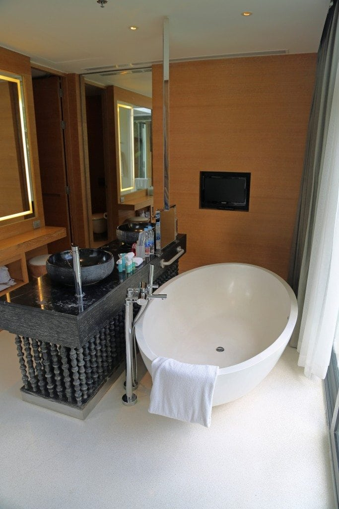 tub in W Koh Sammui