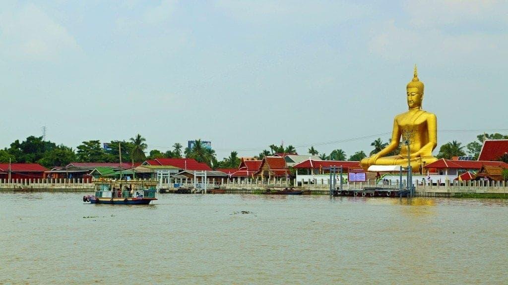 buddha at Sunday Market Thailand