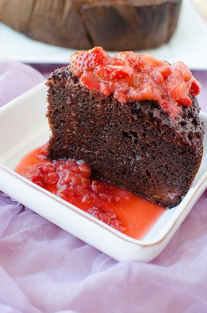 Crock Pot Strawberry Chocolate Cake Recipe