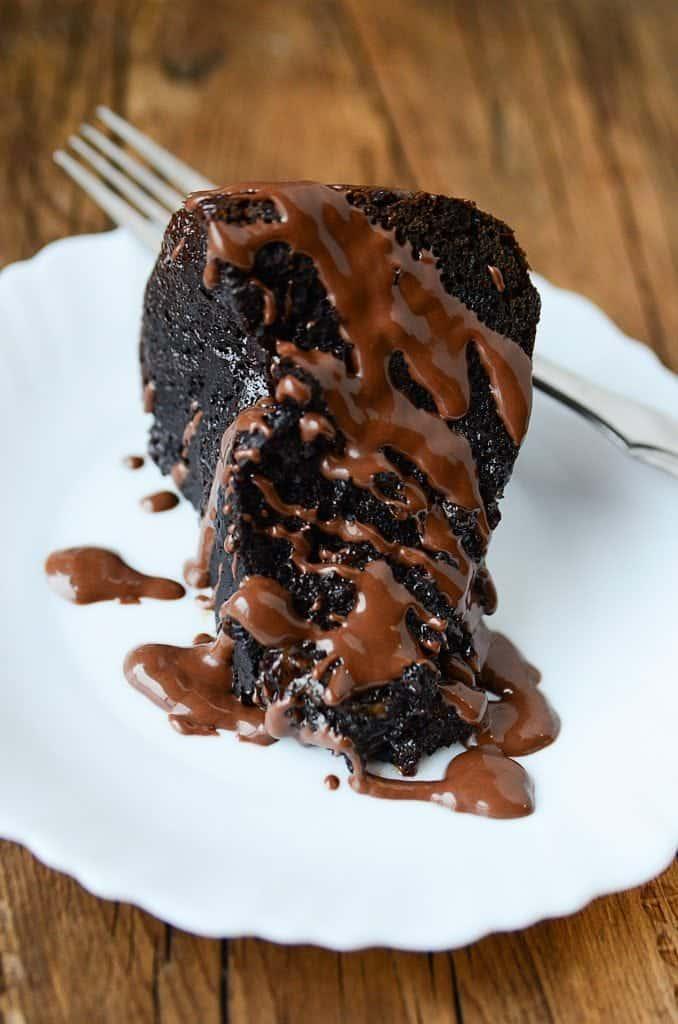 Crock Pot Chocolate Caramel Dump Cake Recipe