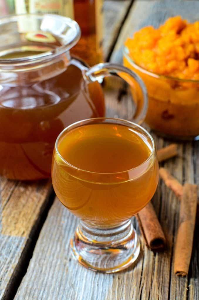Crock Pot Pumpkin Liqueur