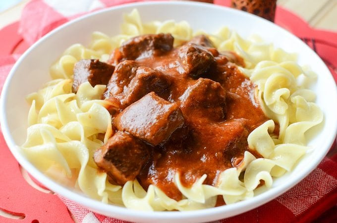 Crock Pot Beef Goulash Recipe