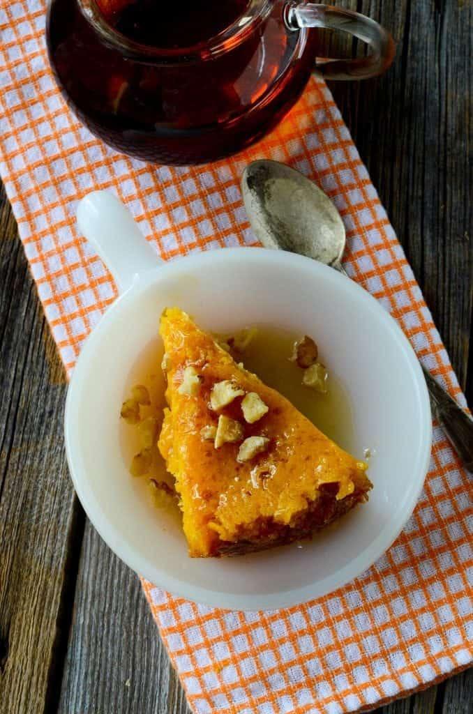 Crock Pot Pumpkin Dump Cake Recipe