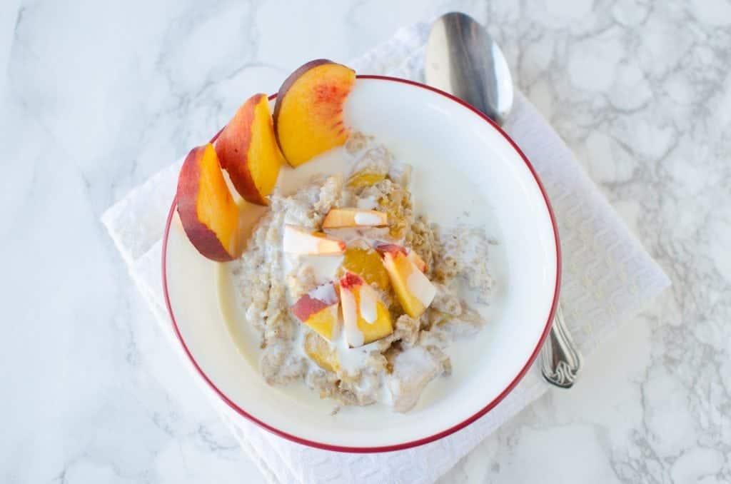 Crock Pot Peaches and Cream Oatmeal Recipe