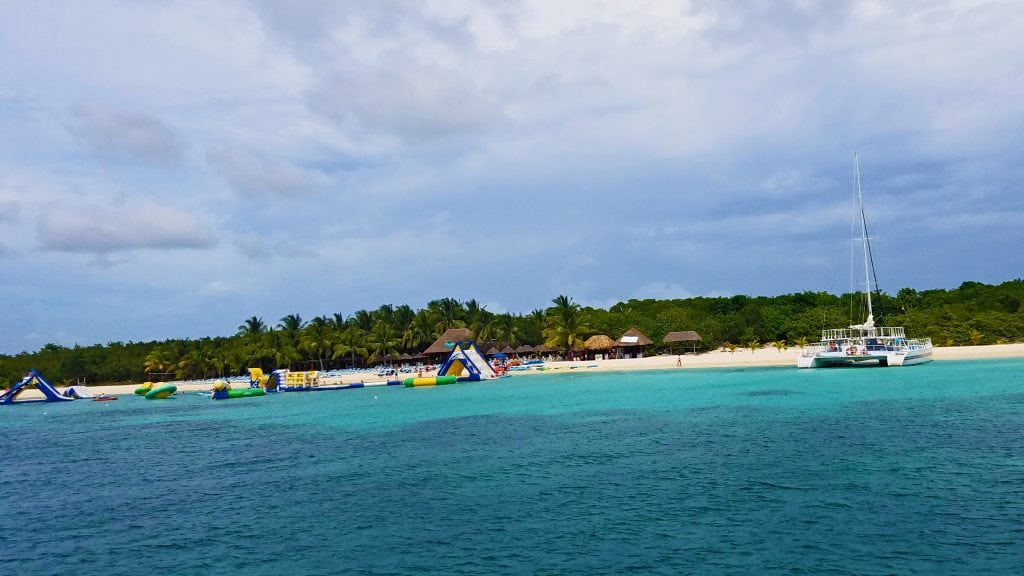 catamaran-at-beach-cozumel-snorkel-excursion