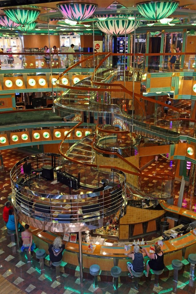 lobby-of-the-carnival-magic