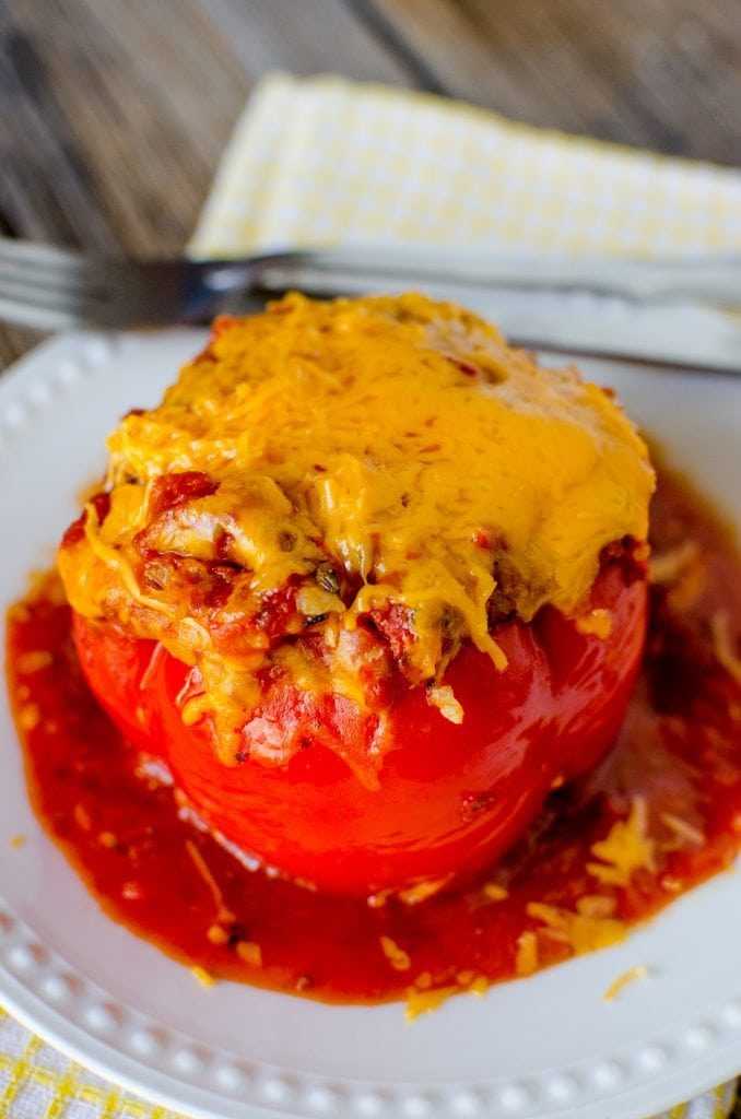Crock Pot Stuffed Peppers Recipe with Cheese