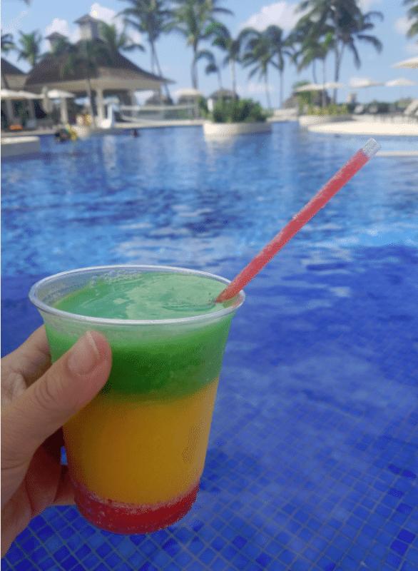 bob-marley-by-the-pool