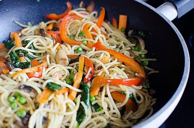 Super Easy Lo Mein Recipe