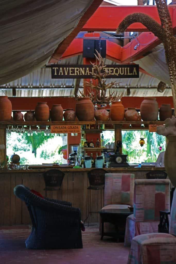 taverna-tequila-in-puerto-vallarta