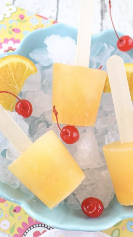 Boozy screwdriver cocktail popsicles for adults